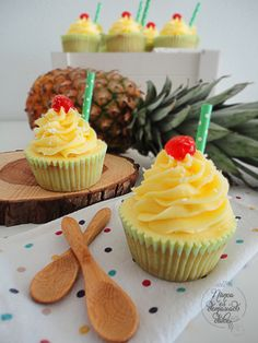 Cupcakes de Piña Colada (Reto Dis-Fruta Febrero)