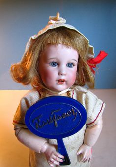 SFBJ 251 with a Fazer mirror. Fazer is a Finnish candy factory. Candy Factory, Old And New, Nostalgia, Dolls, Mirror, Antiques, Character, Baby Dolls, Antiquities