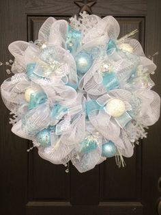 WHITE CHRISTMAS Mesh Wreath by GlitzyWreaths on Etsy, $135.00
