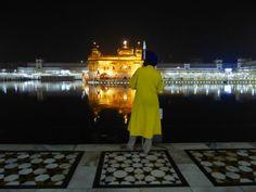 Sikhs at Golden Temple AMRITSAR NOv 2013 Susanne Lindner