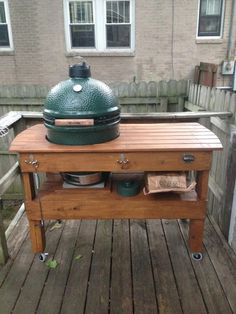 DIY Big Green Egg Table Notice The Bottom    No Legs, Just Resting On