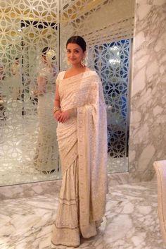 OMG! Aishwarya looks breathtaking in this white saree! | PINKVILLA