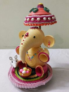 By Sai Leela Creations Quilling Dolls, Quilling Animals, Quilling Work, Neli Quilling, Quilling Jewelry, Quilling Paper Craft, Paper Crafting, Quilled Roses, Paper Quilling Flowers