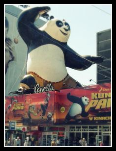 17m high, inflatable Kung Fu Panda