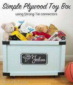 Pottery Barn Inspired Rolling Toy Box: A Perfect Beginning DIY Project Easy Woodworking Projects, Easy Diy Projects, Wood Projects, Woodworking Plans, Woodworking Basics, Woodworking Magazine, Diy Kids Furniture, Home Furniture, Paint Furniture
