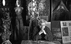 """'Alien' artist H. Giger dies at 74 Swiss artist H. Giger, who designed the creature in Ridley Scott's sci-fi horror classic """"Alien,"""" has died at age 74 from injuries suffered in a fall, his museum. Zurich, Hr Giger, Giger Alien, Cyberpunk, Alien Artist, Steampunk, Advanced Photography, Aliens Movie, Creative Review"""