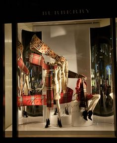 Burberry windows 2015 Fall, London - UK