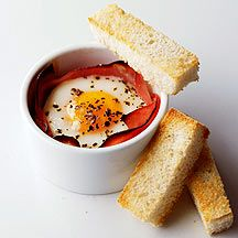WeightWatchers.co.uk: Weight Watchers recipe - Eggs Baked in Roast Ham with Soldiers...5pro points