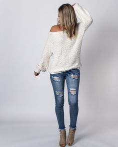 sizing & fit true to size model is in the small bust: S M L length: fabric & care polyester hand wash cold hang to dry super soft Funky Fashion, Fashion 101, Womens Fashion For Work, Boho Fashion, Winter Fashion, Fashion Outfits, Fashion Design, Fashion Women, Fashion Ideas