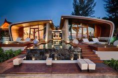 Casa moderna de un piso con diseño de fachada ovalada | Construye Hogar