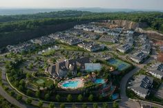 So Much For The Death Of Sprawl: America's Exurbs Are Booming Millennial Generation, Child Friendly, Urban Legends, Real Estate Marketing, Great Places, City Photo, Death, Community, America