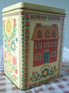 Vintage Hallmark Collectible Tin Home Sweet Home 1976 Bicentennial Colonial House Folk Art