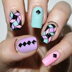Nail art with pastel colors