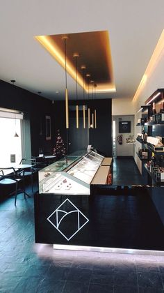 JORDAO display cases, vitrinas, vitrines, pastry, chocolates