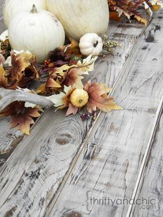 Make new wood look old and weathered - Super easy way to make old wood look like reclaimed wood in just minutes!