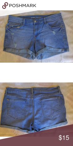 Boyfriend Denim Shorts Casual and cute! Perfect for a beach day! Old Navy Shorts Jean Shorts