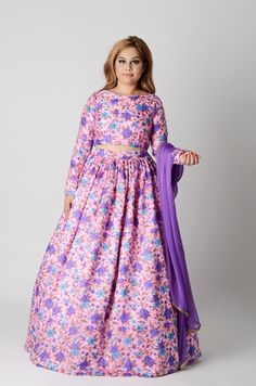 Purples and pinks in floral on a beautiful pure crepe? A Dainty light weight lengha. Finished off nicely with that gold pearl trim on the dupatta. Gold Pearl, Anarkali, Indian Wear, Indian Fashion, Purple, Pink, Pure Products, Floral, Casual