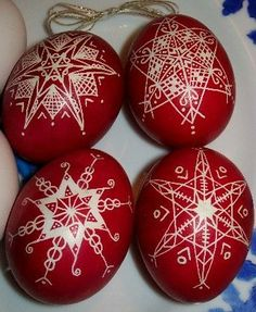 Vintage Orthodox Easter Egg Ornaments, Holiday Decor Ideas, Red Eggs #2014 #easter #crafts www.loveitsomuch.com