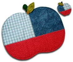 apple placemats and coasters