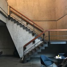 Marcel Breuer, Modern Architecture, Modern Contemporary, Stairs, Instagram, Design, Home Decor, Ladders, Homemade Home Decor