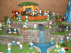 Blue Imps - smurf pictures, smurf facts, smurfs from Wales, UK.