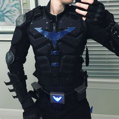Post with 3084 votes and 160999 views. Tagged with cosplay, batman, comiccon, costume, nightwing; Shared by Nightwing Cosplay Nightwing Costumes, Nightwing Cosplay, Batman Cosplay, Superhero Cosplay, Dc Cosplay, Male Cosplay, Best Cosplay, Cosplay Costumes, Cosplay Ideas
