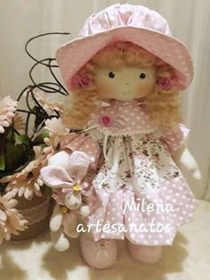 Decoration selection: life in purple - HomeDBS Tiny Dolls, Soft Dolls, Waldorf Dolls, Doll Clothes Patterns, Sewing For Kids, Softies, Handmade Toys, Doll Toys, Sewing Projects
