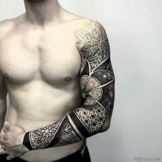 mindblowing sleeve tattoo by @otheser_dsts