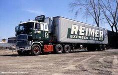old cab over semi Big Ford Trucks, Big Rig Trucks, Semi Trucks, Cool Trucks, Dodge Diesel, Antique Trucks, Vintage Trucks, Retro Vintage, Freightliner Trucks