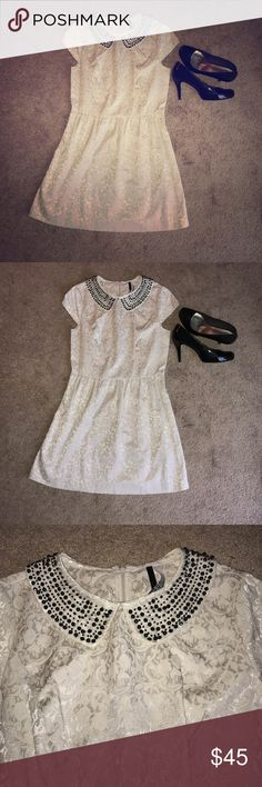 Kensie Beaded Peter Pan Dress Absolutely adorable medium Kensie Peter Pan dress with a gorgeous beaded collar. Is missing one button which is visible in picture. Dress is otherwise in excellent used condition. Perfect for a special occasion or night out! Kensie Dresses