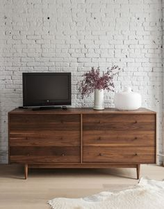 Gorgeous draw unit - great design | Dumbo loft designed by Robertson and Pasanella | Remodelista