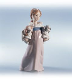 LLADRO - ARMS FULL OF LOVE