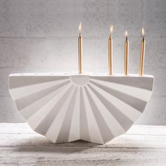 Origami מנורת חנוכה | Hanukkah Menorah | Chanukiah from Tel Aviv inspired by Japan on Etsy