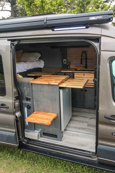 Fred - Freedom Vans lif life diy how to build life diy ideas life diy interiors life diy projects Van Conversion Interior, Camper Van Conversion Diy, Van Interior, Camper Interior, Sprinter Camper, Benz Sprinter, T4 Camper, Camper Awnings, Luxury Campers