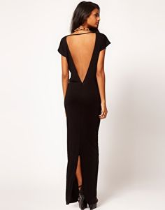 Vestido largo con espalda escotada