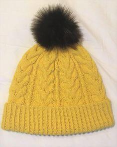 Ravelry: Hello Yellow pattern by Heidi Vaherla Yellow Pattern, Handicraft, Ravelry, Knitted Hats, Knitting Patterns, Winter Hats, Hoodies, Crochet, Koti