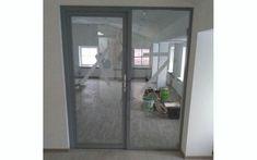 Стеклянная дверь для стационарных офисных перегородок