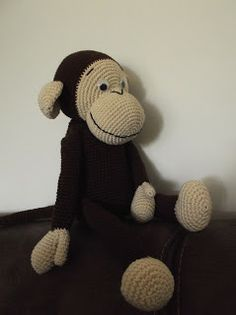 HaakYdee: Gehaakte knuffel aap / amigurimi monkey Crochet Animals, Crochet Toys, Knit Crochet, Crochet Monkey, New Toys, Lana, Free Pattern, Diy And Crafts, Crochet Patterns