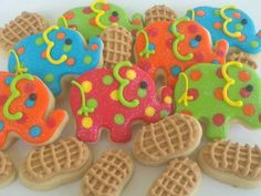 Circus Elephants and Peanuts 2 Dozen by acookiejar on Etsy, $27.95  I forgot all about peanuts!!