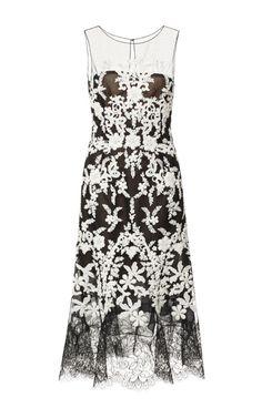 Lace-Trimmed Embellished Tulle Dress by Oscar de la Renta - Moda Operandi