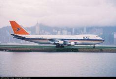 Boeing Aircraft, Passenger Aircraft, Kai Tak Airport, Air Photo, Commercial Aircraft, Civil Aviation, Photo Online, Africa Travel, Heavy Metal