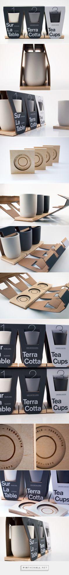 Sur La Table Terracotta cup + coasters packaging design by Alireza Jajarmi (USA) - http://www.packagingoftheworld.com/2016/09/sur-la-table-terracotta.html