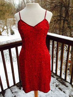 Red sequined mini dress. Valentines Day date dress. 1980s sexy sheath. Vintage dance dress.