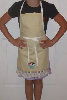 This is seriously THE EASIEST apron ever. There are similar tutorials out there, but here's how I make them!Supplies:1 package extra wide double fold bias tape and thread that matches the bias tape...