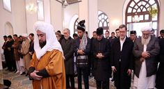 "Toleransi Sang Imam - Berita Unik dan Aneh Toleransi Sang ImamAkuIslam.ID - Suatu hari seorang laki-laki mengadu kepada Nabi ""Aku tidak mau menghadiri shalat berjamaah yang dipimpin oleh orang (itu).""  Shalat Berjamaah  Nabi bertanya ""Kenapa?""  Laki-laki itu menjawab ""Karena bacaan (surat al-Qur'an-nya) begitu panjang.""  Nabi kemudian bersabda ""Barangsiapa mengimami jamaah shalat berjamaah maka hendaklah ia meringkaskan (bacaan suratnya) karena sesungguhnya di belakangnya terdapat orang…"