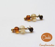 Madó Luaces : Pendientes en color oro viejo y cristal