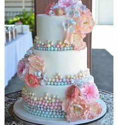 """2,579 Likes, 43 Comments -  BLOG FESTEJAR COM AMOR  (@festejarcomamor) on Instagram: """"Olha que linda essa inspiração de bolo do ig @mae_festeira. Pic @cozinhadamaria …"""""""
