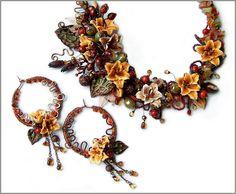 """Купить Комплект """"Зачарованная Долина"""" - авторские украшения, лилии, колье с цветами, терракотовый, оранжевый, осенний"""