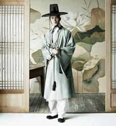 Hanbok, called Dopo and Gaat, Korean traditional outer for noble men Korean Traditional Dress, Traditional Fashion, Traditional Dresses, Traditional Japanese, Korean Dress, Korean Outfits, Korean Clothes, Modern Hanbok, Korean Design