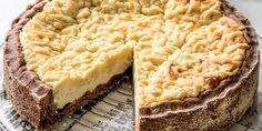 V rodině naší čtenářky se tento lahodný koláč hřeje na výsluní všeobecné popularity. Vyzkoušeli jsme ho a už víme proč. Je prostě báječný! Cheesecake, Pie, Chicago, Cakes, Torte, Cake, Cake Makers, Cheesecakes, Fruit Cakes